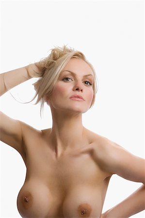 Portrait of naked young woman posing Stock Photo - Premium Royalty-Free, Code: 625-02930685
