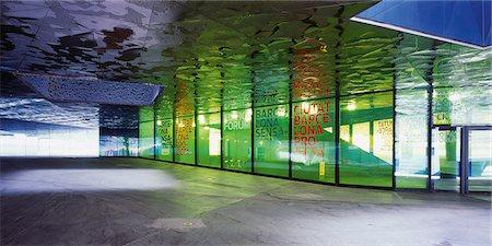 exhibition - Artful underpass Stock Photo - Premium Royalty-Free, Code: 628-05817401