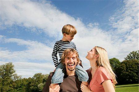 Happy family outdoors Stock Photo - Premium Royalty-Free, Code: 628-07072299