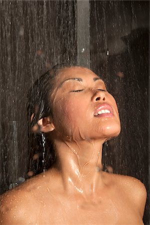 shower - Young woman in shower Stock Photo - Premium Royalty-Free, Code: 621-05602952