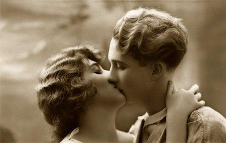people having sex - Couple Kissing - Archival Stock Photo - Premium Royalty-Free, Code: 621-00730546