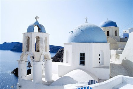 Domed Rooftops in Santorini, Greece Stock Photo - Premium Royalty-Free, Code: 621-00740378