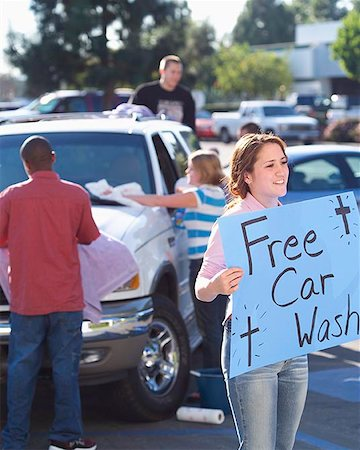 Church Youth Group Holding Car Wash Stock Photo - Premium Royalty-Free, Code: 621-00795279