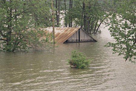flooded homes - Flooded Indiana Farmhouse Stock Photo - Premium Royalty-Free, Code: 621-01003918