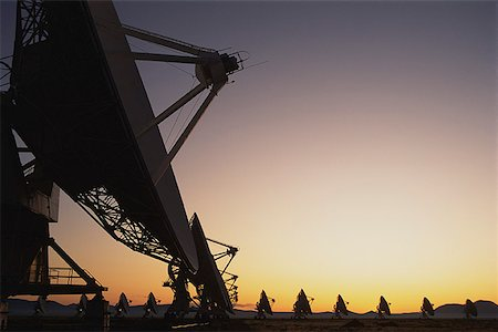 radio telescope - Radio telescopes at sunset Stock Photo - Premium Royalty-Free, Code: 621-01305562