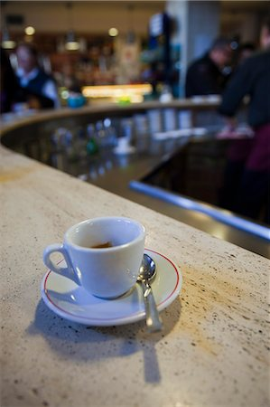 european cafe bar - espresso cup on cafe counter Stock Photo - Premium Royalty-Free, Code: 621-03597573