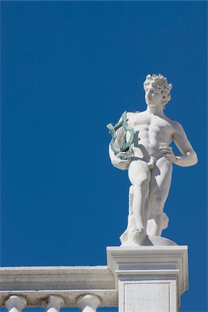 statue of naked man with harp Stock Photo - Premium Royalty-Free, Code: 621-03768787
