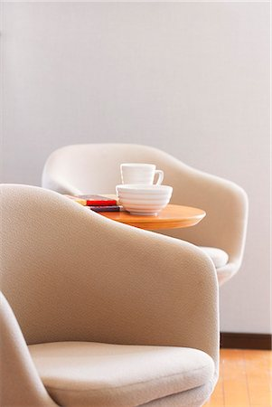 elegant - Easy Chair With Side Table Stock Photo - Premium Royalty-Free, Code: 622-06009655