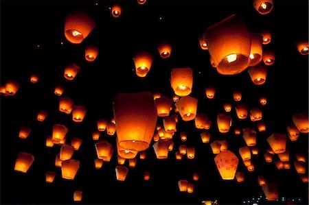Hanging Lanterns At Night Stock Photo - Premium Royalty-Free, Code: 622-06191352