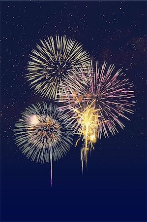 fireworks colored picture - Fireworks at Yodogawa, Osaka Stock Photo - Premium Royalty-Free, Code: 622-06370045