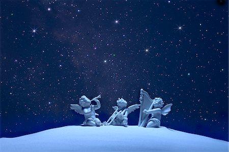 fantastically - Three angels and stars Stock Photo - Premium Royalty-Free, Code: 622-06398378