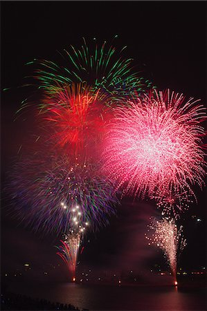 pink and purple fireworks - Fireworks Stock Photo - Premium Royalty-Free, Code: 622-06439863