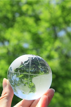 Glass globe Stock Photo - Premium Royalty-Free, Code: 622-06549274