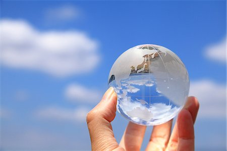 Glass globe Stock Photo - Premium Royalty-Free, Code: 622-06549277