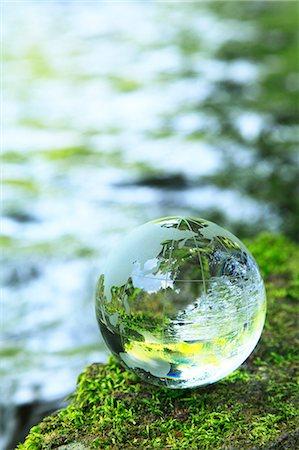 Glass globe Stock Photo - Premium Royalty-Free, Code: 622-06549388