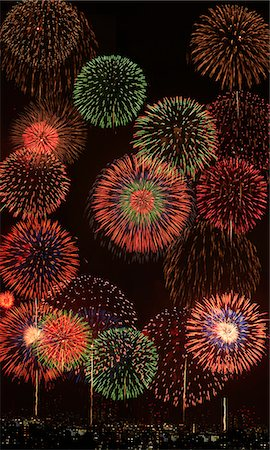 fireworks colored picture - Fireworks Stock Photo - Premium Royalty-Free, Code: 622-07117670