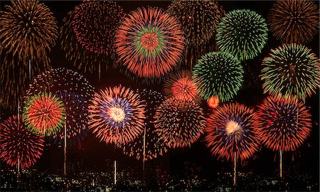 fireworks colored picture - Fireworks Stock Photo - Premium Royalty-Free, Code: 622-07117671