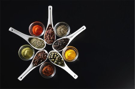 set - Assorted spices Stock Photo - Premium Royalty-Free, Code: 622-08007207