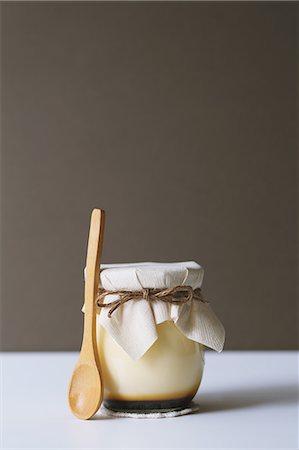 dessert - Pudding Stock Photo - Premium Royalty-Free, Code: 622-08123046