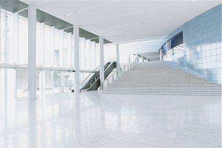 pillar - Modern office Stock Photo - Premium Royalty-Free, Code: 622-08482506