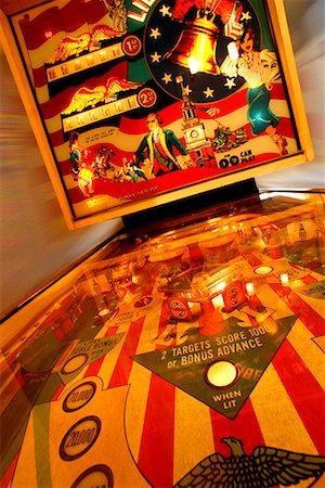 pinball - Pinball Machine Stock Photo - Premium Royalty-Free, Code: 622-02355461