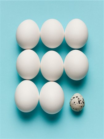 spotted - Speckled egg with large white eggs Stock Photo - Premium Royalty-Free, Code: 635-05550673