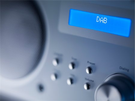 Close up of disc player screen and dials Stock Photo - Premium Royalty-Free, Code: 635-05551096