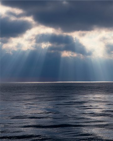 forever - Light shining through clouds over water Stock Photo - Premium Royalty-Free, Code: 635-05972214