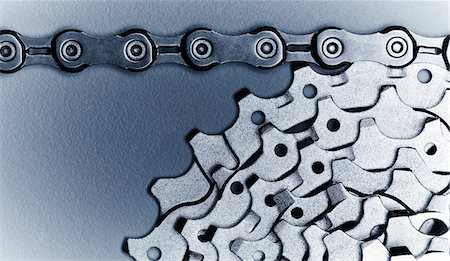 Close up of bicycle chain and gears Stock Photo - Premium Royalty-Free, Code: 635-05972688