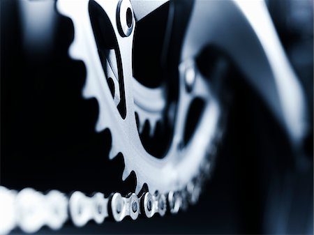 Close up of bicycle chain and gears Stock Photo - Premium Royalty-Free, Code: 635-05972693