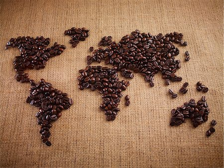 earth no people - Coffee beans forming world map on burlap Stock Photo - Premium Royalty-Free, Code: 635-06191752