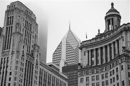 Chicago highrise buildings Stock Photo - Premium Royalty-Free, Code: 635-06192280