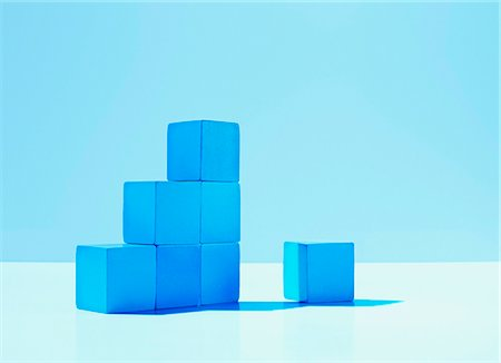 results - Stack of blue blocks Stock Photo - Premium Royalty-Free, Code: 635-03372887