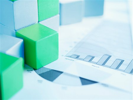 report - Blocks on paper charts Stock Photo - Premium Royalty-Free, Code: 635-03372910