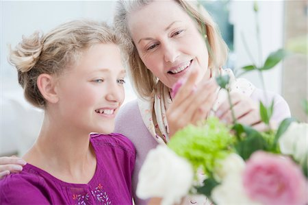 preteen touch - Grandmother and granddaughter arranging flowers Stock Photo - Premium Royalty-Free, Code: 635-03578121
