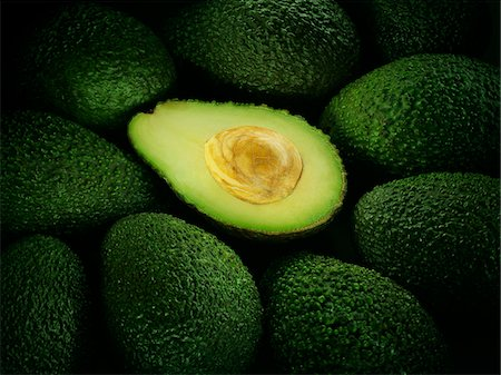 Cross section of ripe avocado Stock Photo - Premium Royalty-Free, Code: 635-03716275