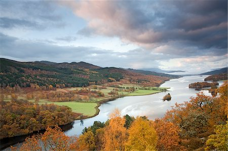 streams scenic nobody - Autumn trees and Loch Faskally, Pitlochry, Scotland Stock Photo - Premium Royalty-Free, Code: 635-03752769