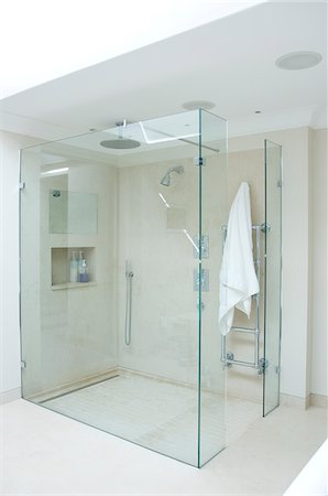 shower - Interior of glass-walled shower stall Stock Photo - Premium Royalty-Free, Code: 635-03781651