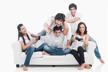 funky - Friends playing video game Stock Photo - Premium Royalty-Free, Code: 630-06722418