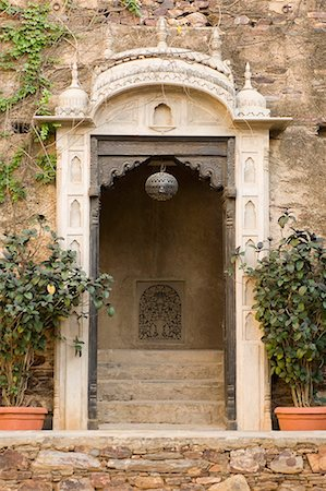 Entrance of a palace, Neemrana Fort, Neemrana, Alwar, Rajasthan, India Stock Photo - Premium Royalty-Free, Code: 630-01708407