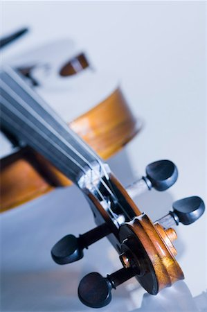 scroll (design) - Close-up of a violin Stock Photo - Premium Royalty-Free, Code: 630-01709811