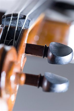 scroll (design) - Close-up of a violin Stock Photo - Premium Royalty-Free, Code: 630-01709812