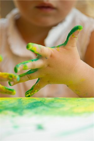 dirty - Child finger painting, cropped Stock Photo - Premium Royalty-Free, Code: 632-05604277