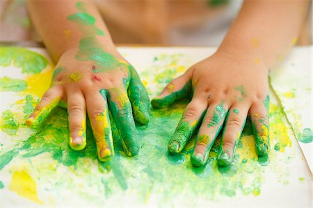 dirty - Child finger painting, cropped Stock Photo - Premium Royalty-Free, Code: 632-05604419