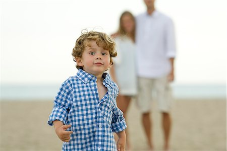 Little boy running at the beach Stock Photo - Premium Royalty-Free, Code: 632-05603964