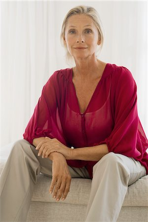 Mature woman, portrait Stock Photo - Premium Royalty-Free, Code: 632-05760228