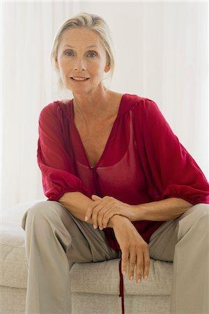 Mature woman, portrait Stock Photo - Premium Royalty-Free, Code: 632-05760312