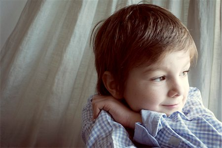 portrait looking away - Boy daydreaming, portrait Stock Photo - Premium Royalty-Free, Code: 632-05816147
