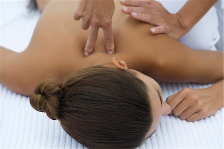 Woman receiving back massage, cropped Stock Photo - Premium Royalty-Free, Code: 632-05816395