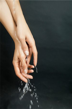 dripping silhouette - Washing hands Stock Photo - Premium Royalty-Free, Code: 632-05816785